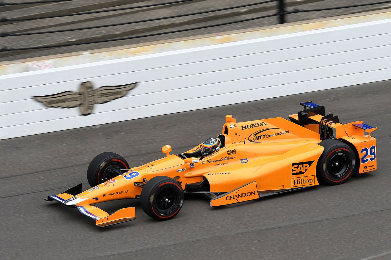 Alonso under Indy500 2017