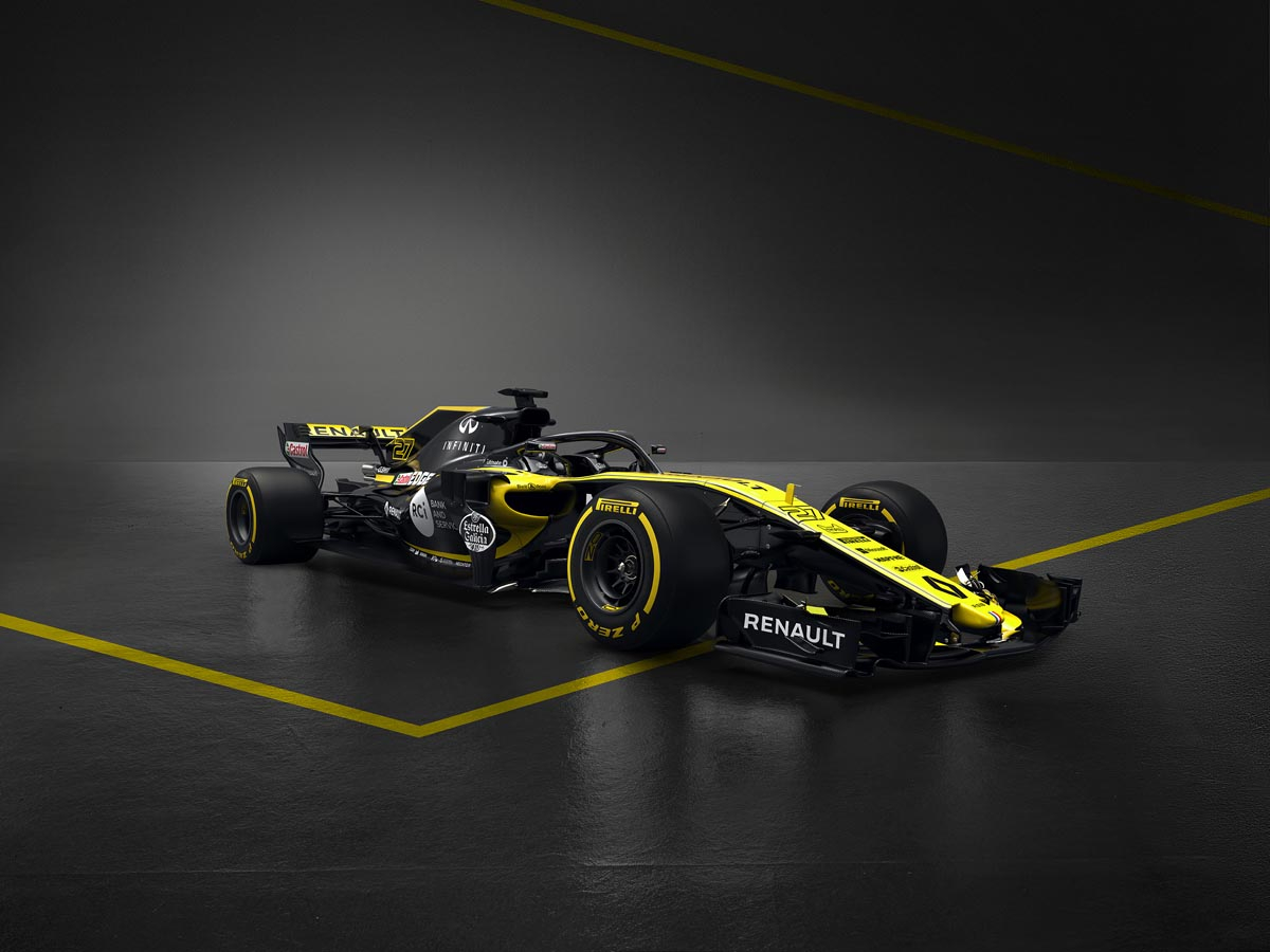 renault_rs18-front_side