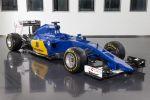 Sauber_C34-Ferrari_Front_Side